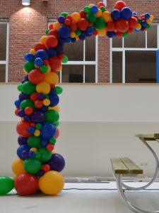 Organische ballonpilaar